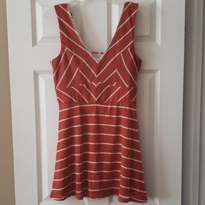Rusty brown and white short dress, size large